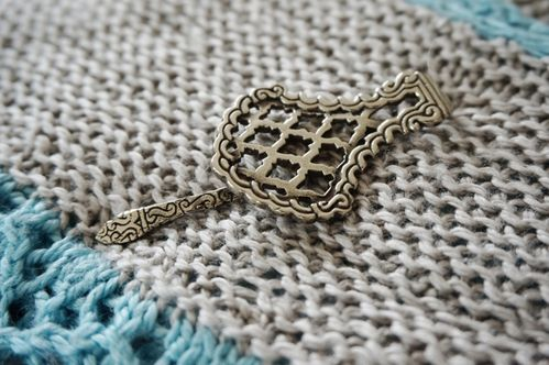 *Marrakech Shawl Pin*
