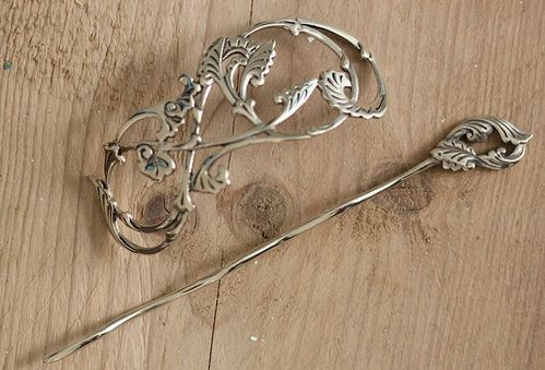 *Passion Flower Vine Shawl Pin*
